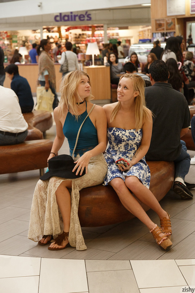 Arya and Bailey as Mall Rats - 1