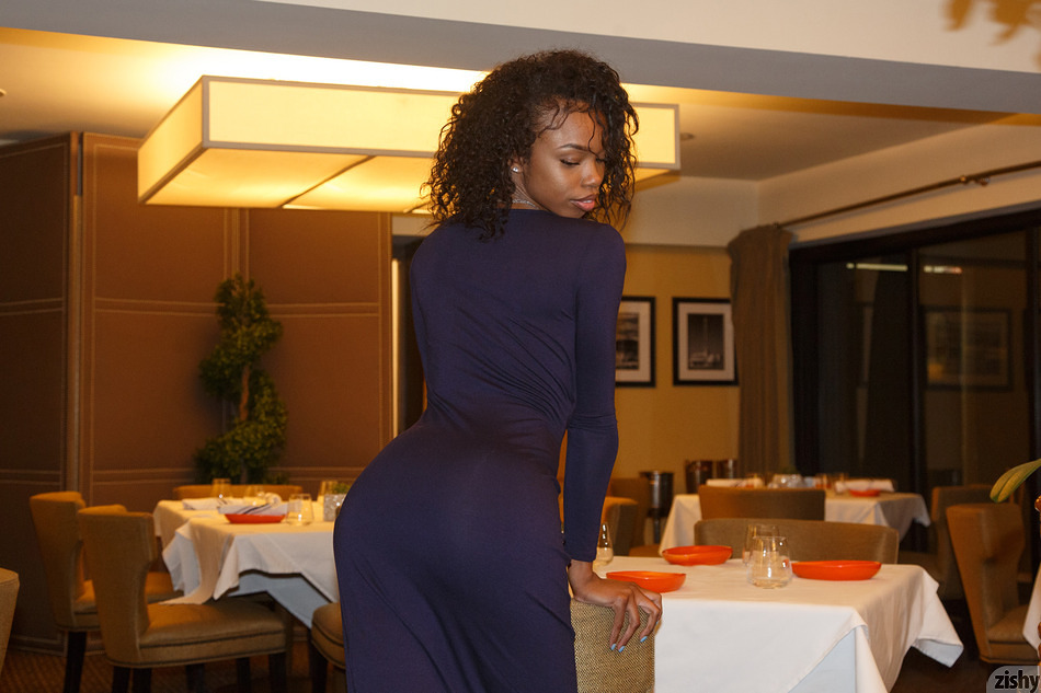 Asia Amour on a Dinner Date - 1