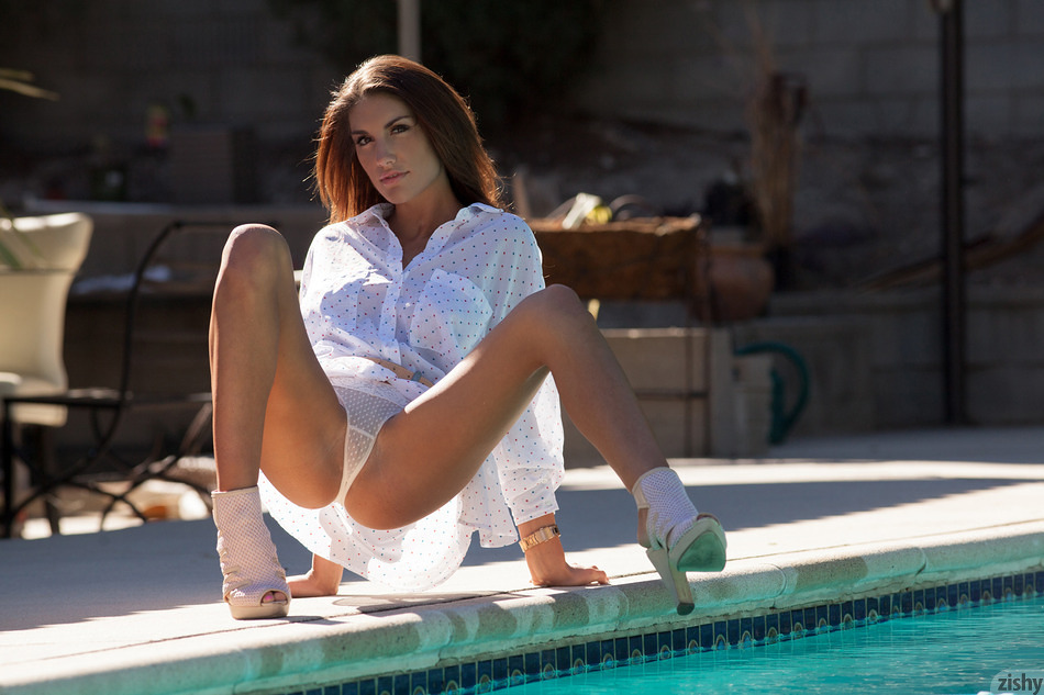 August Ames Chez Le Body - 5