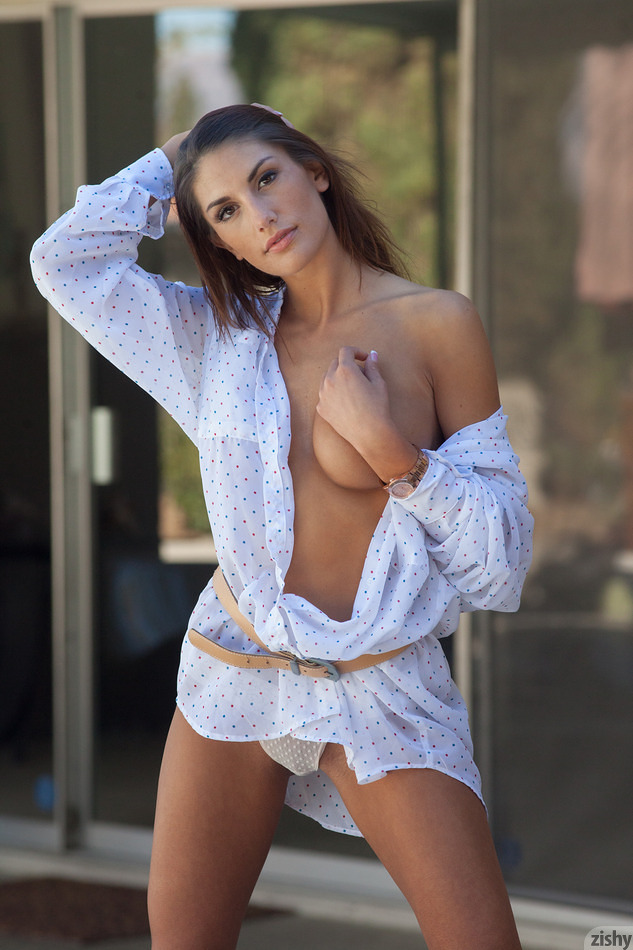August Ames Chez Le Body - 4