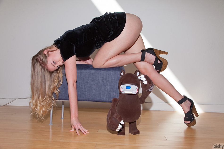 Bailey Helen Toy Stories - 8