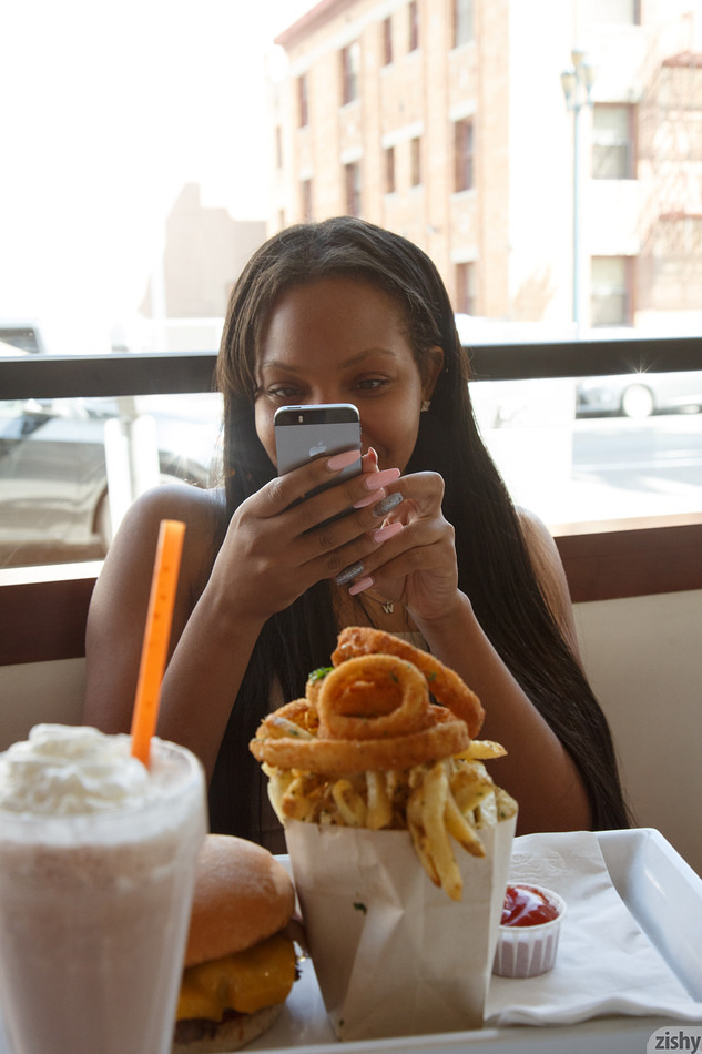 Dajah Wallace Burger Lounging - 4
