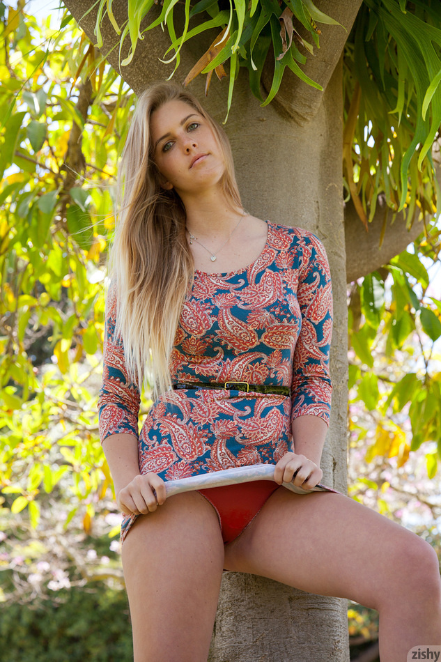 Holly Benson Blonde Landscaping - 4