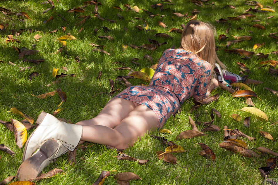 Holly Benson Blonde Landscaping - 7