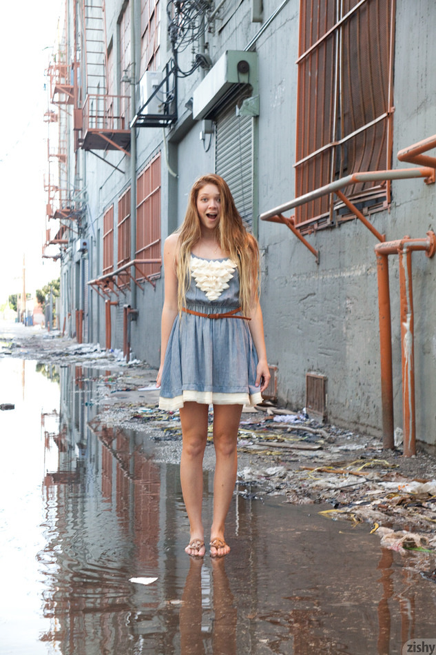 Jessie Andrews In The Fashion District - 2