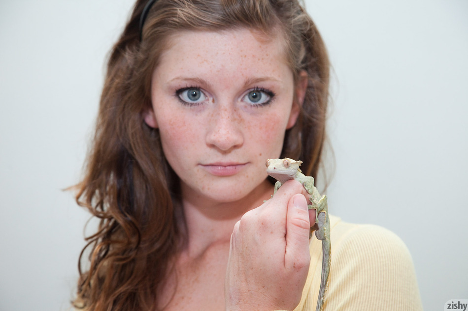 Jordyn Briese Loves Reptiles - 5