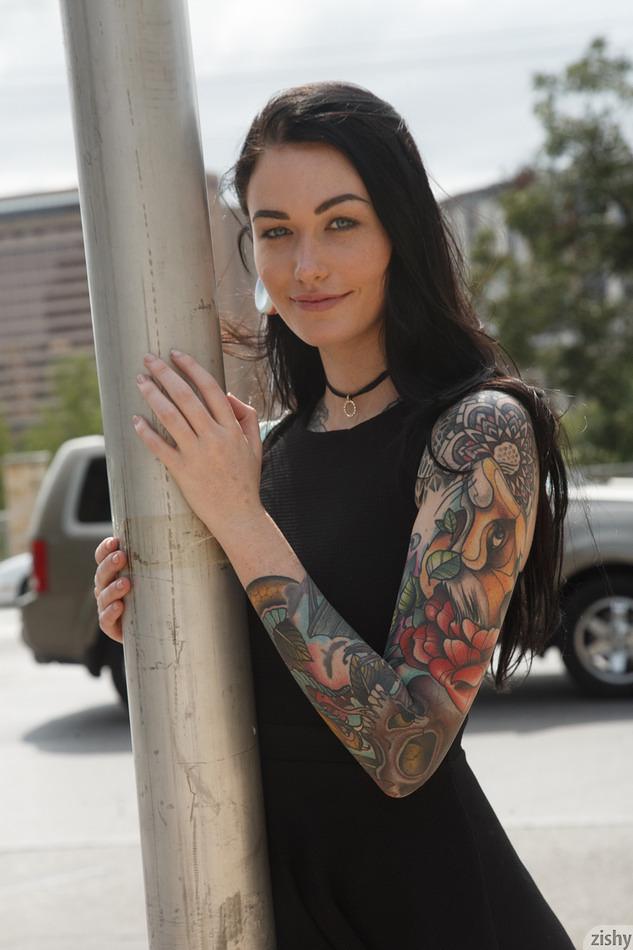 Kelly Lamprin Dark Side Of Texas - Zishy