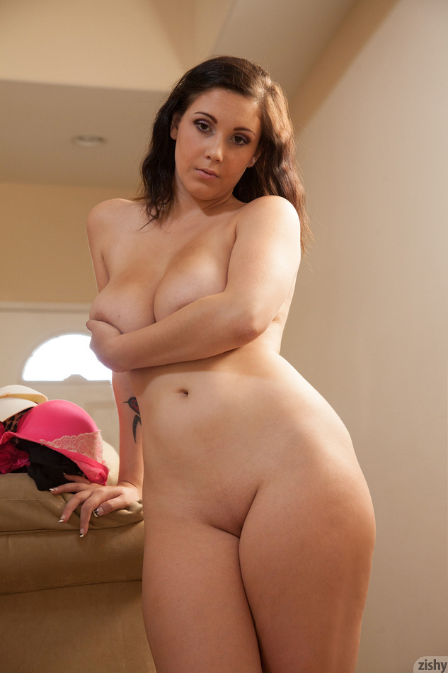 Noelle Easton Angel Is Broken - 7