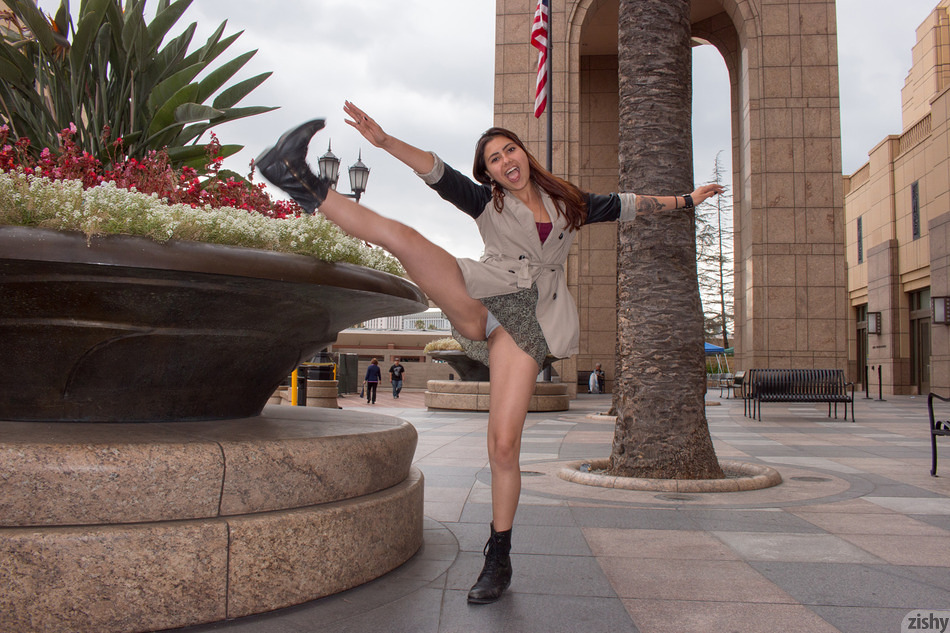 Vanessa Rivas Via Union Station - 7