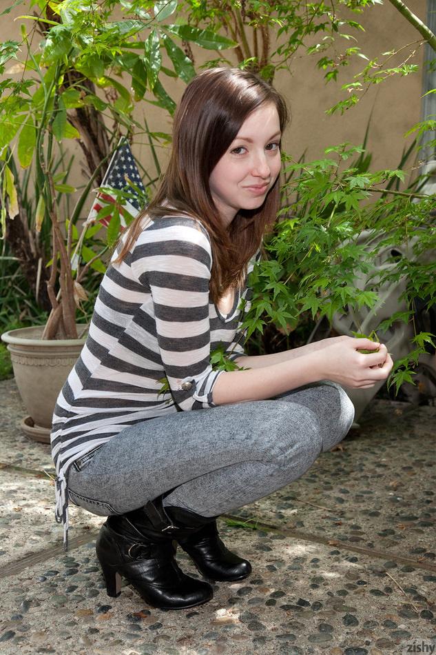 Victoria Voss Nude Photos 55